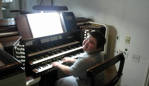 Stephen at Organ 2015